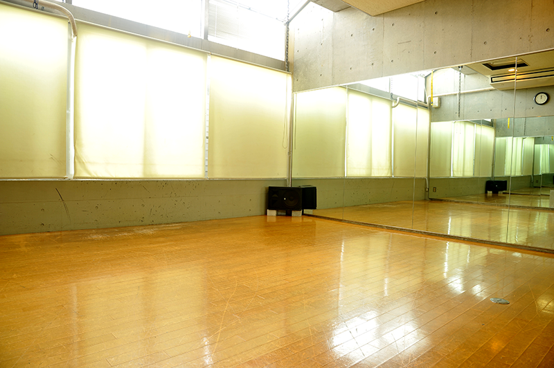 スタジオ 2